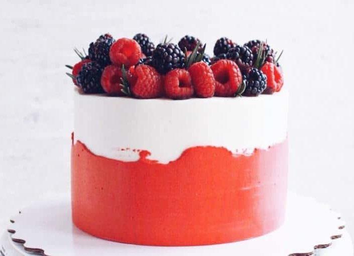 торт малина фисташка 710ы