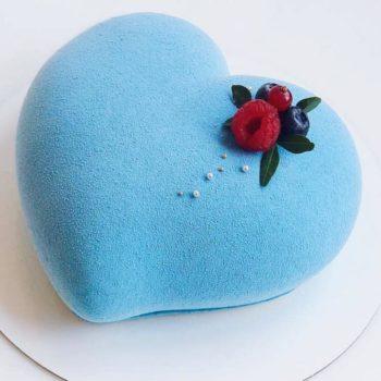торт для влюбленных 750
