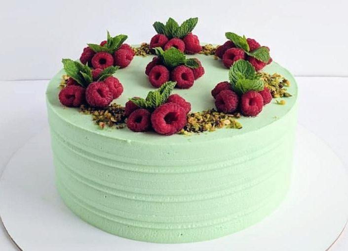торт малина фисташка А 710