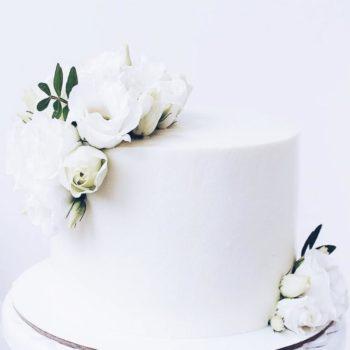 торт свадьба3 900фф